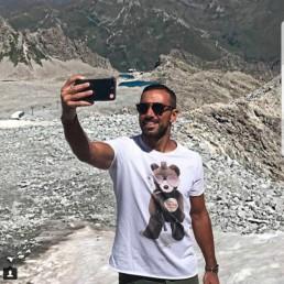 Fabio Quagliarella indossa una t-shirt uomo Paul Cortese